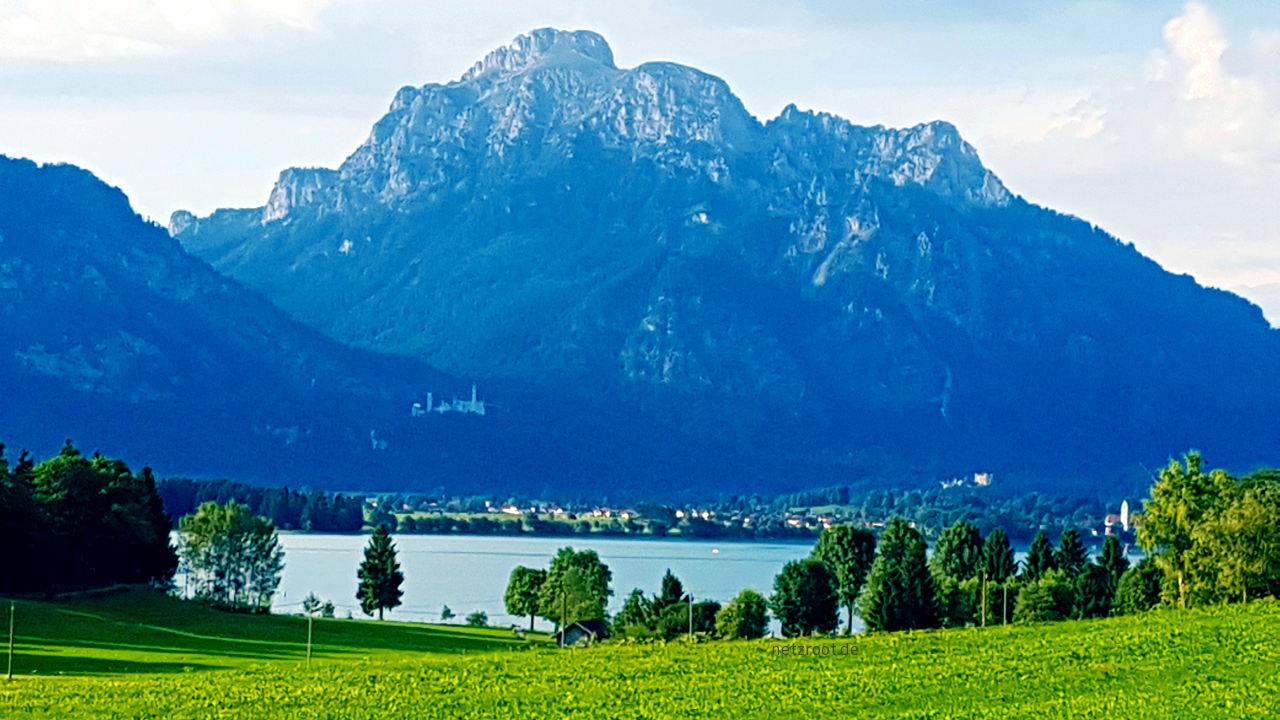 Blick auf Neuschwanstein und Hohenschwangau